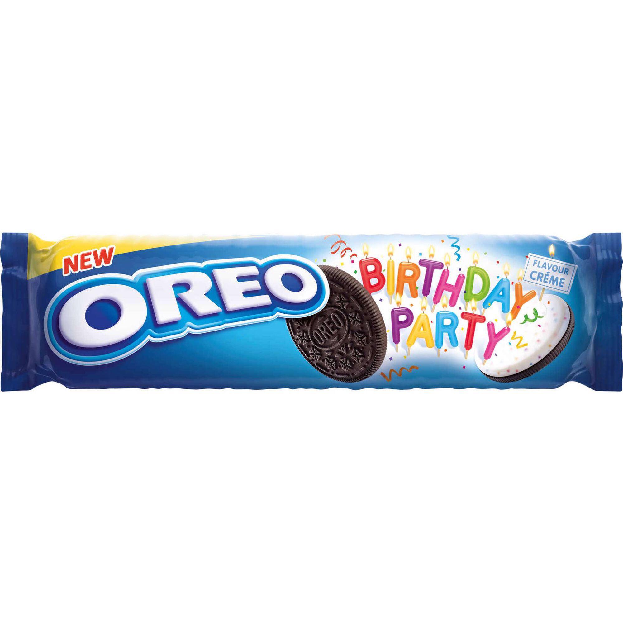 Bolachas de Chocolate com Recheio de Creme e Pepitas Coloridas Birthday Party