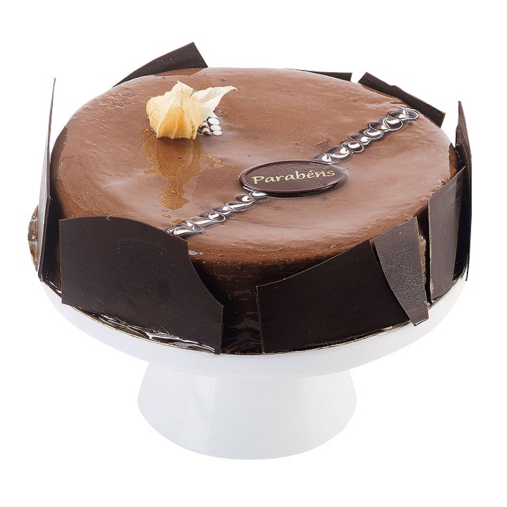 Bolo de Aniversário de Chocolate Redondo