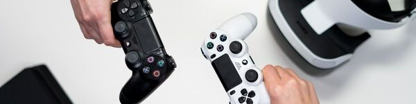 Consolas e Jogos